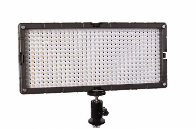 BRESSER LED SL-448 (26,9 W / 2.800 LUX) SLIMLINE Video + Studio Lampe